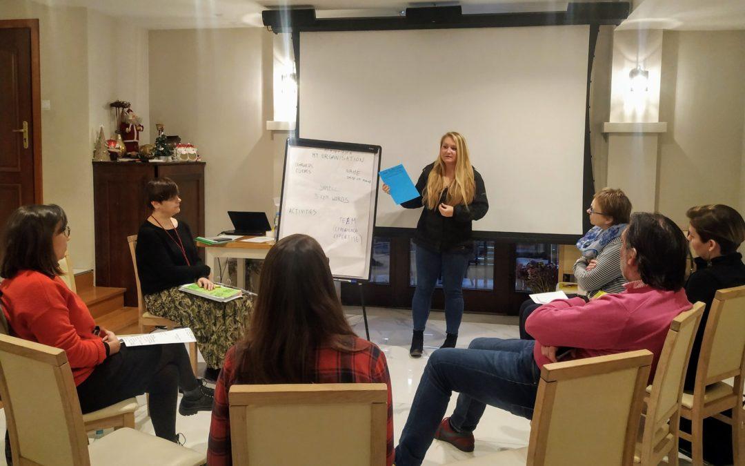 La EuroFUE-UJJI se reúne en Polonia con el consorcio del proyecto Erasmus+ TTT-I